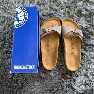 New! Birkenstock Madrid slides